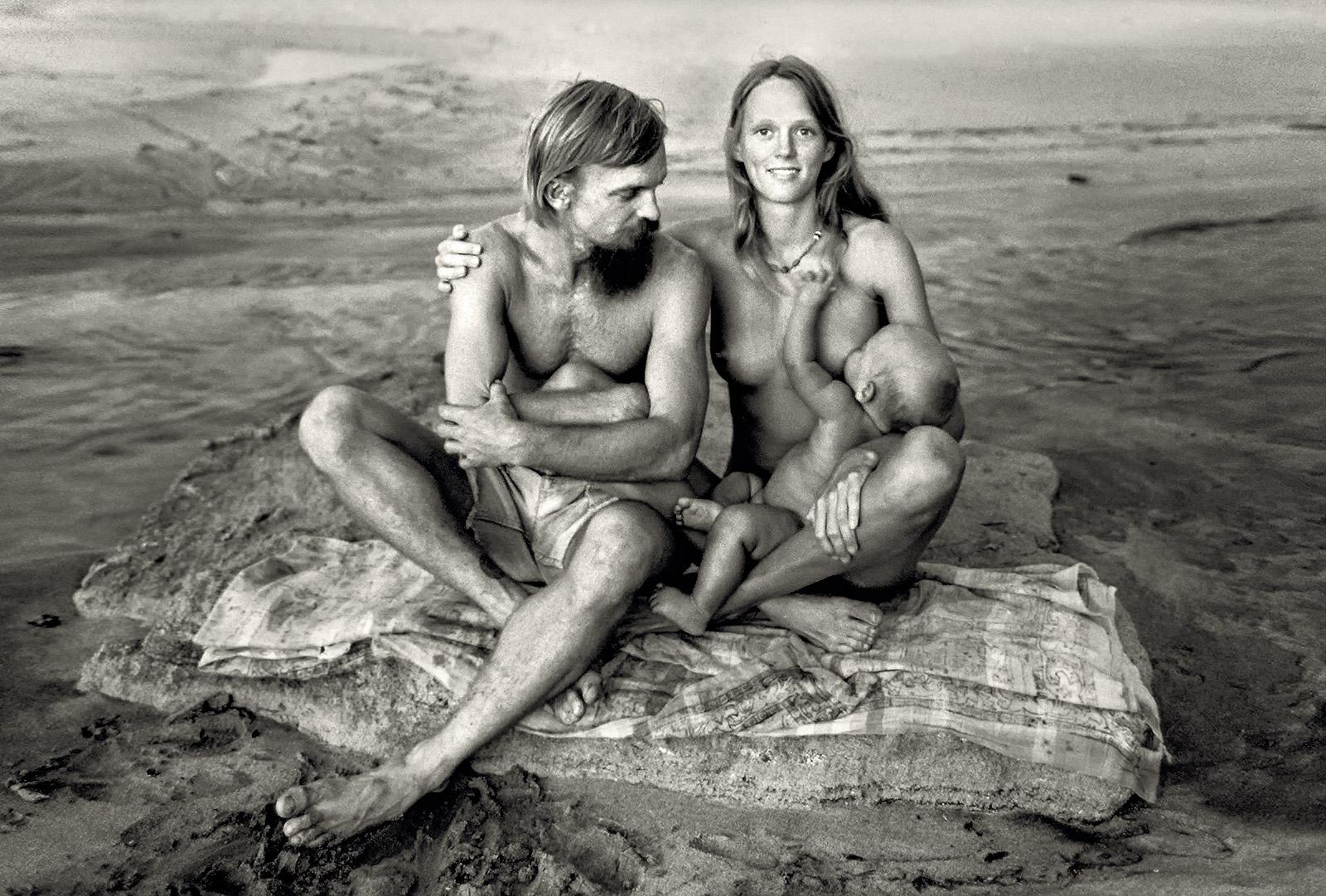 Смотреть семейный нудизм ретро фото, Нудисткий пляж ретро » Эротика фото и голых девушек 1 фотография